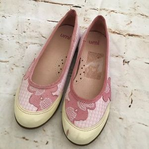 Umi Size 1.5 Youth Girls Leather Flats